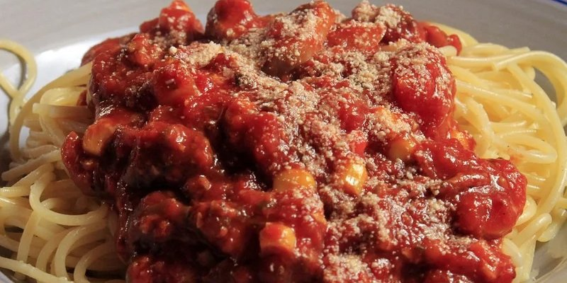 Spaghetti Sauce On Plate