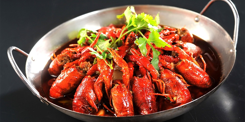 cooking crawfish
